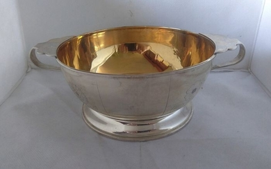 Large round centerpiece footed bowl- .800 silver, with gilt interior- Giuseppe Silva - Milano- Italy - Mid 20th century