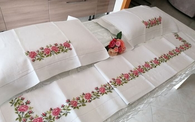 Linen sheet with full stitch embroidery completely by hand - 265 x 280 cm - Linen - 21st century