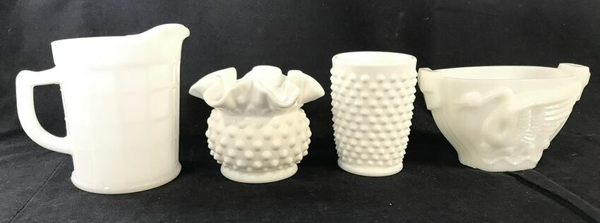 Lot 4 Group Lot Milk Glass Tabletop Accessories
